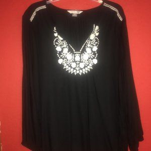 Old Navy Women's XL Embroidered Black Tunic Shirt